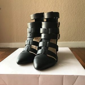 JustFab wedges size 6.5
